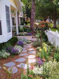 ตกแต่งสวน รั้วบ้าน ประตูบ้าน ด้วยดอกไม้ 30 ไอเดีย